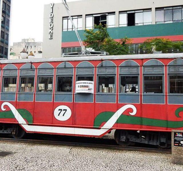 Despiche Bondinho Rua XV Curitiba – Brasil